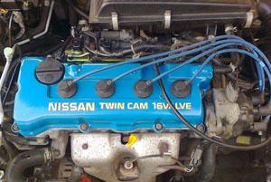 Клапанная крышка автомобиля после покраски